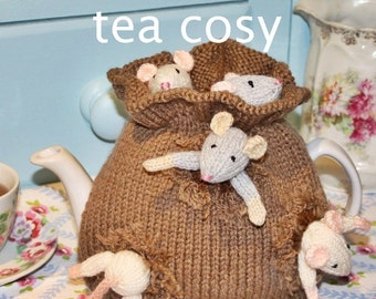 sack mice garden tea cozy teacosy teacozy cozy cosies PDF email knitting pattern