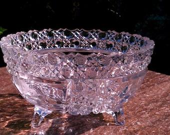 "Beautiful vintage Westmoreland English hobnail 8"" Bowl"