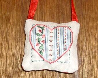 Heart no. 5 cross stitch pocket pillow