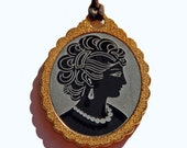Cameo Pendant in Gold and Acrylic