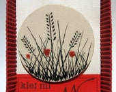 Wheat and poppies ceramic brooch.