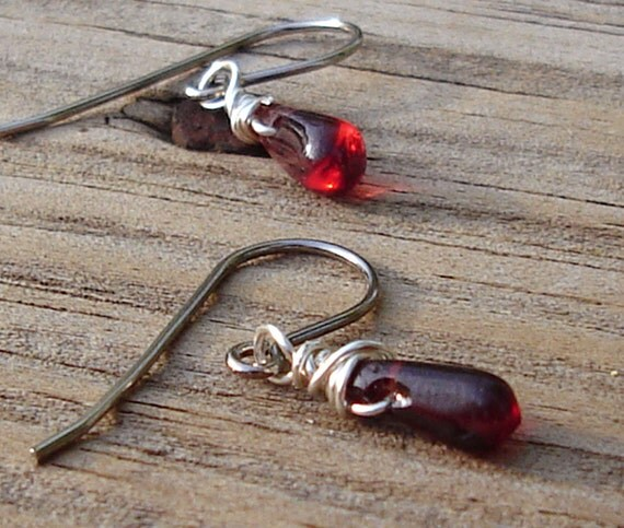 A Kiss • TINY garnet drop earrings • sterling silver • petite stones • garnet drops • dainty • tiny garnet • sterling silver • boho • tiny