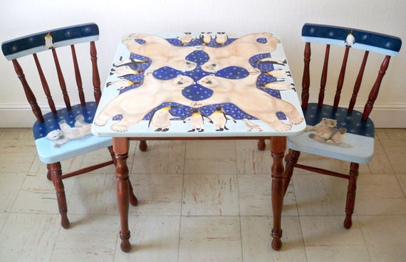 Polar Bear Dance - Children's Table and 2 Chairs set