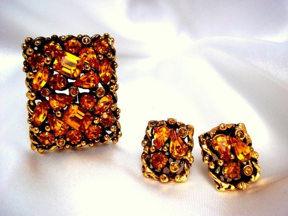 Barclay Signed Brooch and Earring Set Amber Glass Rhinestones