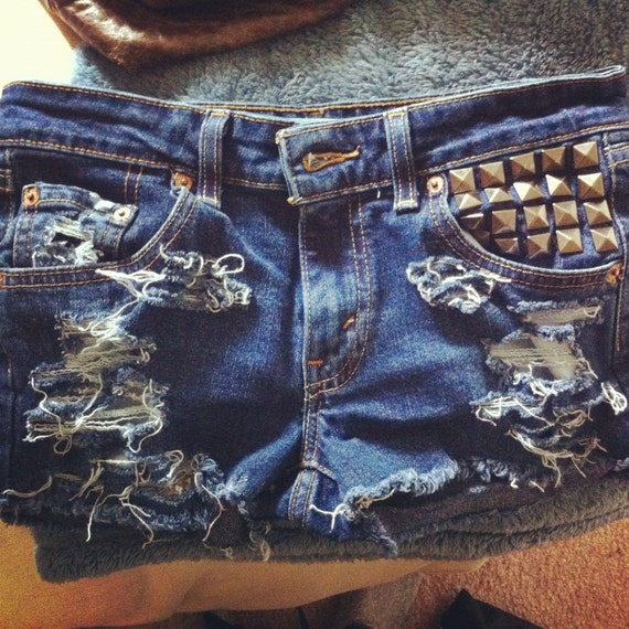 levi shorts distressed and studded