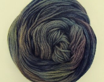 Dusty - Handpainted Worsted Wool