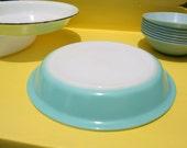 Vintage Pyrex pie plate Blue