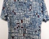 Men's Vintage 70s Poly Knit Batik Shirt Size M-L