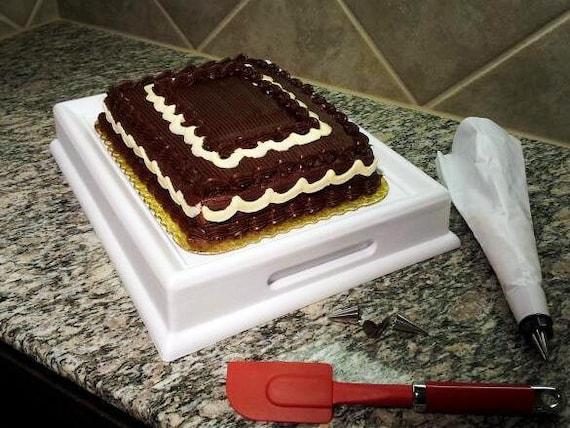 Newnak s 1/4 sheet Rectangular Cake Decorating / by Newnaks