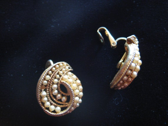 Vintage Gold and Pearl Swirl Clip Earrings