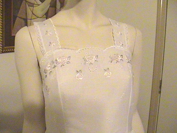 Vintage Night Flowers of New York Night Gown