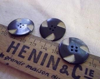ART DECO Vintage Bakelite Button x 3