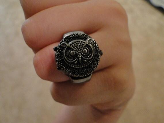 Adjustable Owl Clock Ring