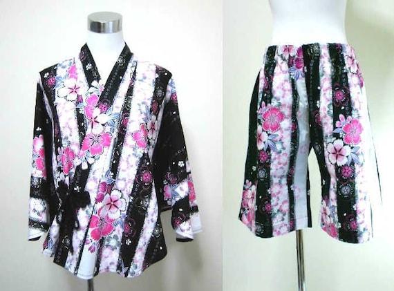 yukata  poncho and  larger size half pants set : cherry blossoms , black , white , pink , gold , kawaii  Japanese fashion