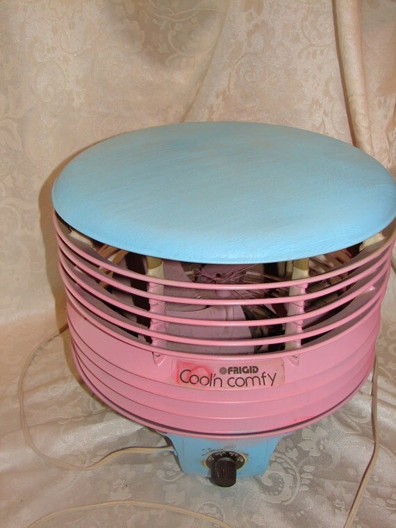 Hassock Fan. Works wonderfully. Pink and Aqua painted upcycled