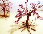 Wired tree with fuchsia and pink beads