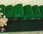 """1940'S Rayon Luxurious Italy 1.5"""" velvet ribbon emerald sold by the yd"""