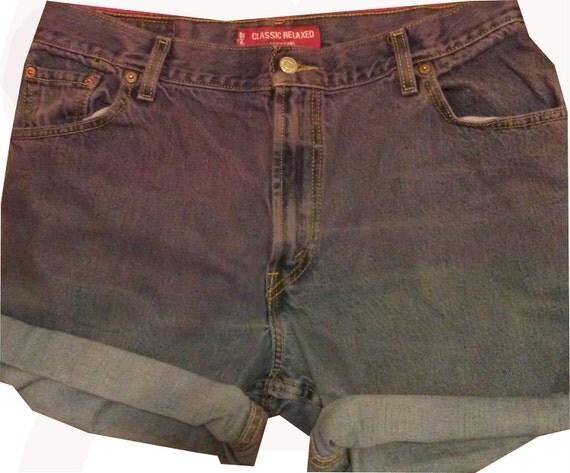 Vintage Size 16 High Waisted Purple Levi Shorts