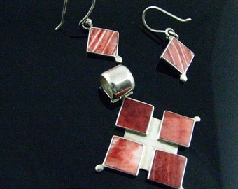 Inlaid Ear Ring Set in 950 Silver and Shells