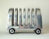 Vintage Streamlined Toast Rack On Wheels Airstream
