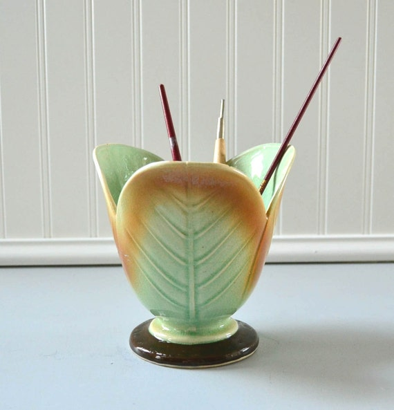 Vintage Ceramic Pen Holder - Green Leaf Desk Organizer