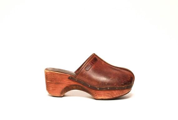vtg 70s CLOGS brown leather WOODEN PLATFORMS size 10