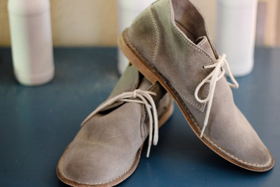 Pristine slate grey suede boat shoes - fall fashion