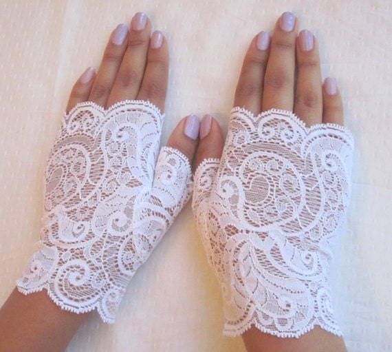 Bridal fingerless lace gloves, white paisley lace, bridal accessory