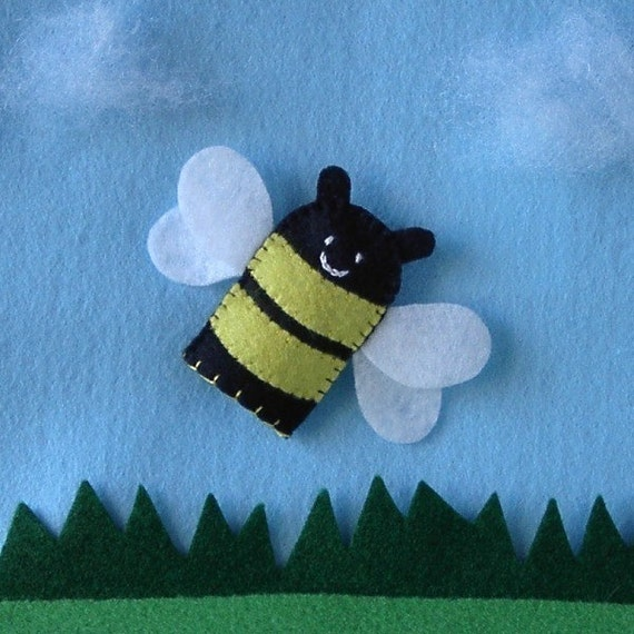 bee paper hand puppet template bee finger puppet bumblebee puppet felt finger puppet 5934