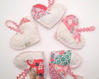 5 Recycled Lavender Sachets - Vintage Quilt Hearts - Hanging Sachets - Rick Rack - shabby - primitive