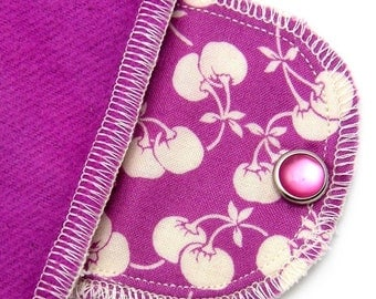 Organic Extra Absorbent Moonpad Reusable Washable Fabric Cloth Pad - Retro Orchid Cherry