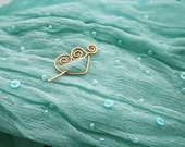 Heart miniature shawl pin