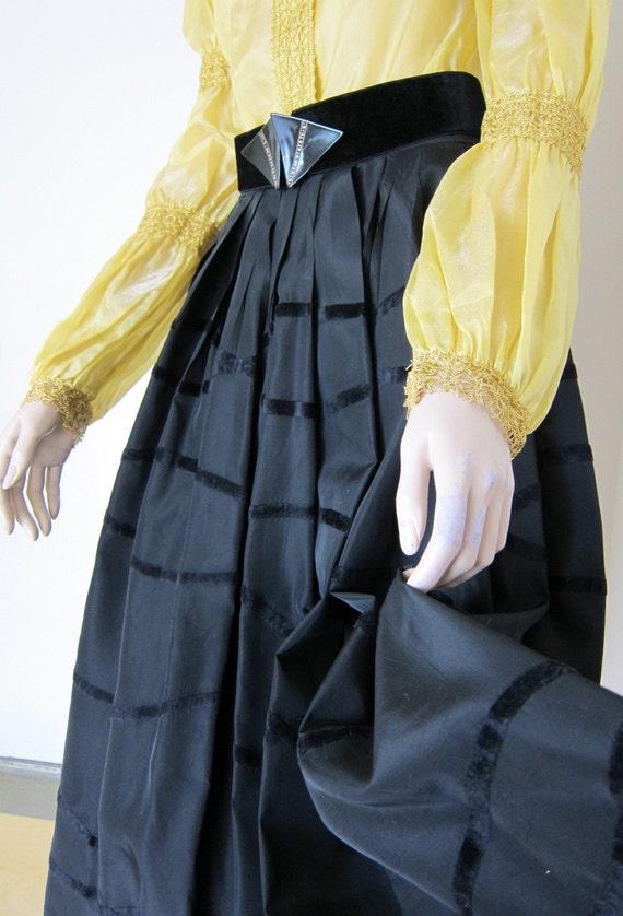 50s Vintage Black Taffeta Skirt - Elegant Evening Party 1950s Fashion - Waist 27 Small