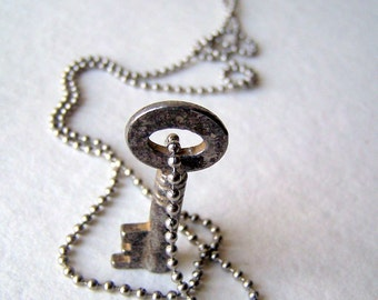 Skeleton key necklace - stainless steel ball chain - key necklace - key jewelry - vintage key necklace - boho chic