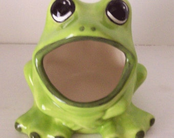 Ceramic Large Frog Sponge Holder Frog Lovers Gift In Chartreuse Green