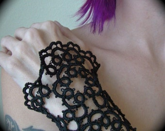 Tatted Lace Cuff Bracelet - Vanity