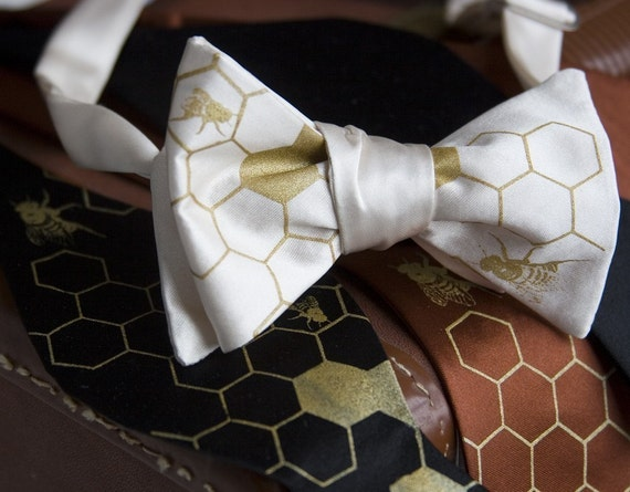 Honey Bee bow tie, self tie men's tie. Silkscreened bee hive and honeycomb. Cream tie, gold print. Rustic wedding groomsmen gift.