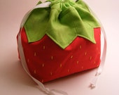A Strawberry Named Pouchy - Drawstring pouch