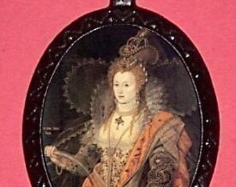Queen Elizabeth Necklace First English England Feminist Pendant Necklace Royalty