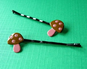 Mushroom Bobby Pins, Toadstools, Hair Accessories, Barrettes, Hair Clips, Accessories, Fairy Tale, Woodland, Pink Hair Pins, Hare Care, Cute
