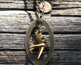 Plane Oval Necklace - Brass