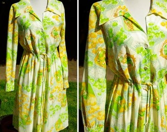 LEMON Lime 1960's 70's Vintage Bright Yellow and Green Polyester Dress with Belt and Long Sleeves size Medium