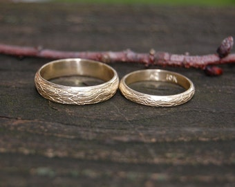 The Natural Tree Vine 14kt Yellow Gold Wedding band