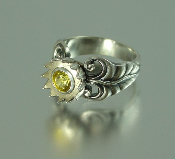 YELLOW LOTUS silver ring with heliodor