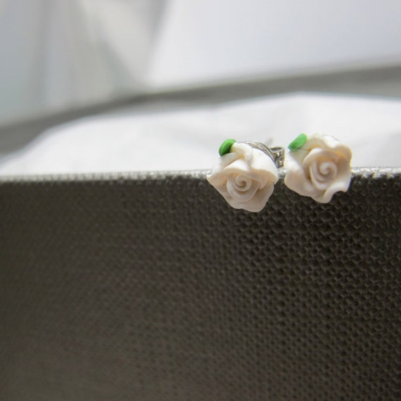 Petite White Roses Stud Earrings // Polymer Clay White Roses // Rhodium Posts // Petite Everyday Earrings