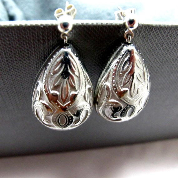 CLEARANCE - Silver Lace Drops Earrings // Silver Teardrop Beads // Silver Posts // Only Piece // Gift under 15
