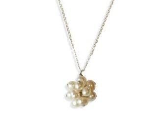 Pom Pom Pearls Necklace