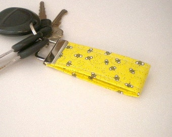 Cotton Keyfob for Summer, Mini Key Fob with Bumble Bees, Honey Bee, Save the bees