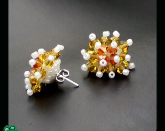 beaded earring studs, swarovski cluster spike ear posts, beadwoven small earrings made from seed beads, sunflowers spring, elegant party, NL