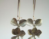 Silver Flower Earrings, Trio of Blossoms on Kidneywires,  Cascading Clover Dangles - Fiore